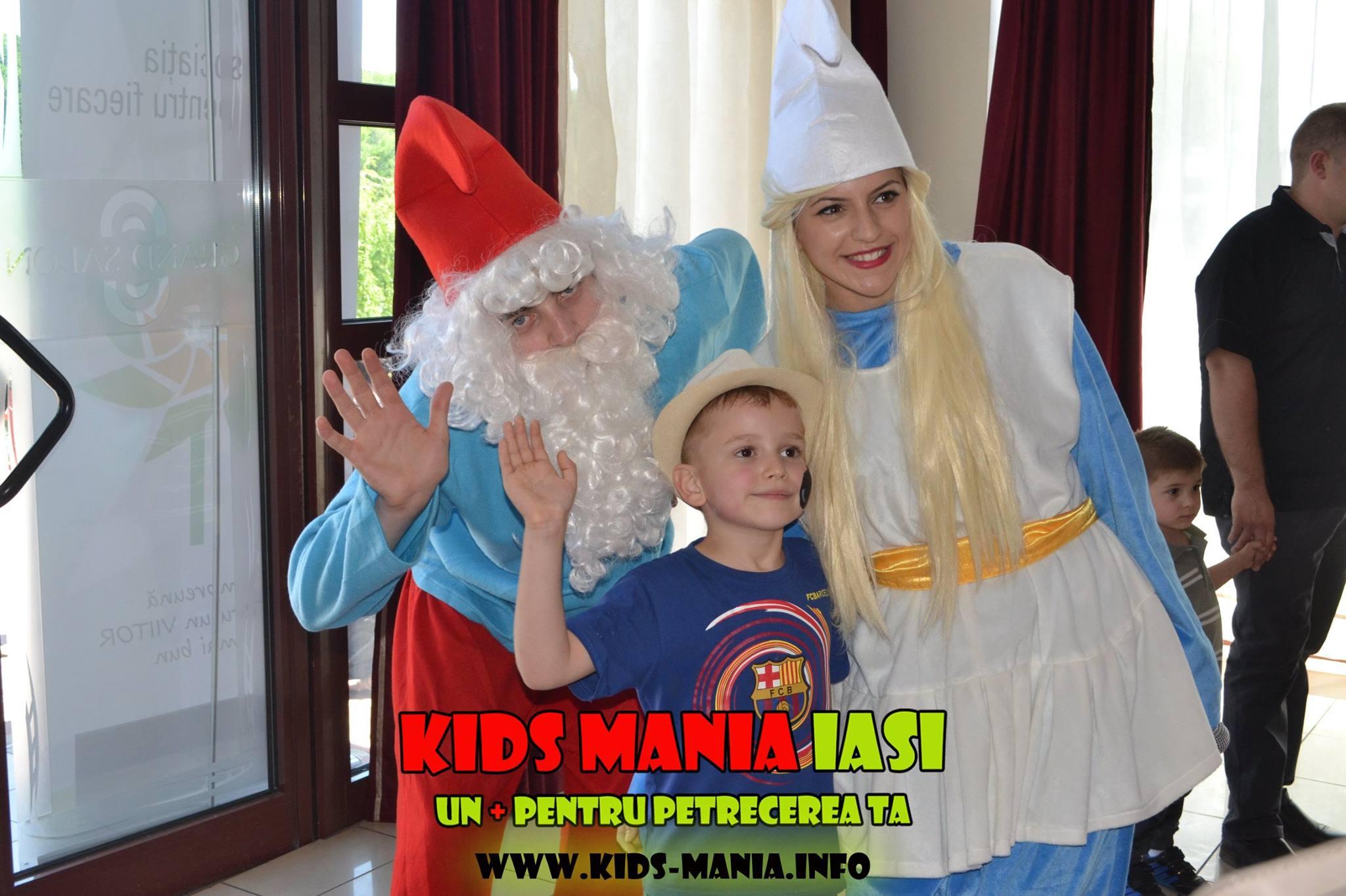 Papa Strumf si Strumfita, varianta pentru petreceri copii in Iasi