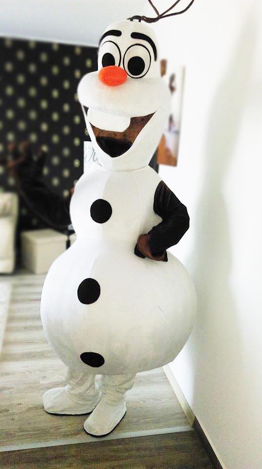 Olaf din Regatul de gheata a venit la Iasi