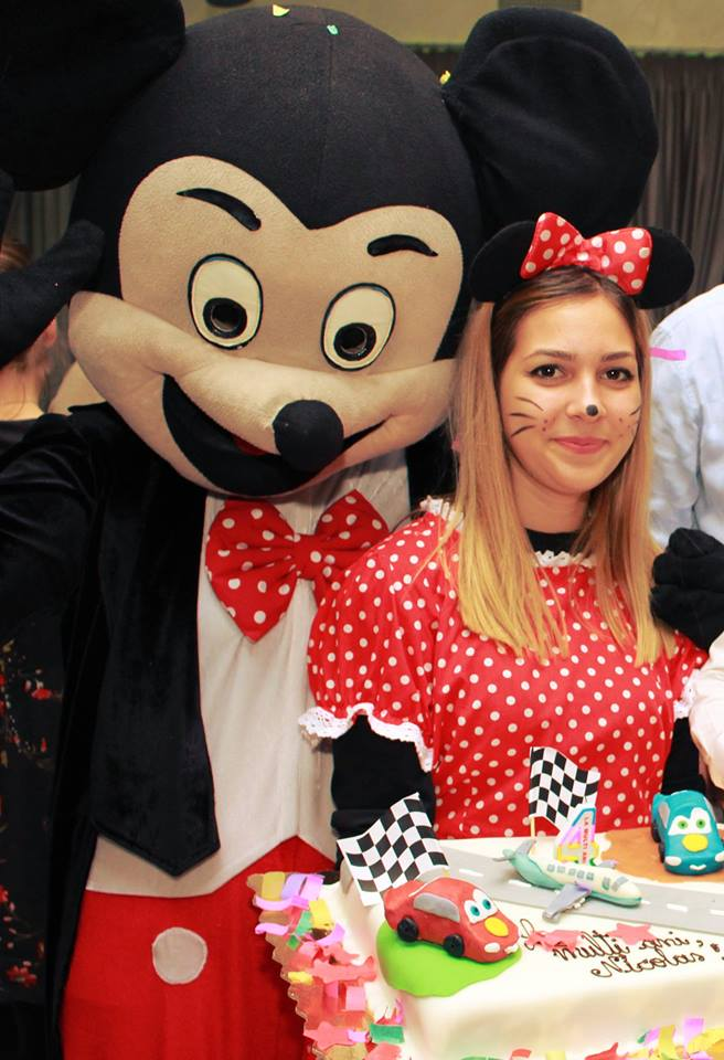 Personaje Disney hostess la evenimente private: cumatrie botez nunta in Iasi